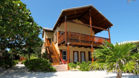Renowned Fishing Lodge Villa for Sale – El Pescador