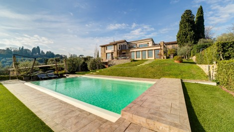 Villa with Views of Florence